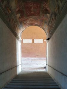 la scalinata che porta al piano nobile